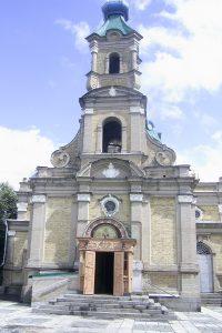 Kirche, in der Jenja und ihr Mann geheiratet haben