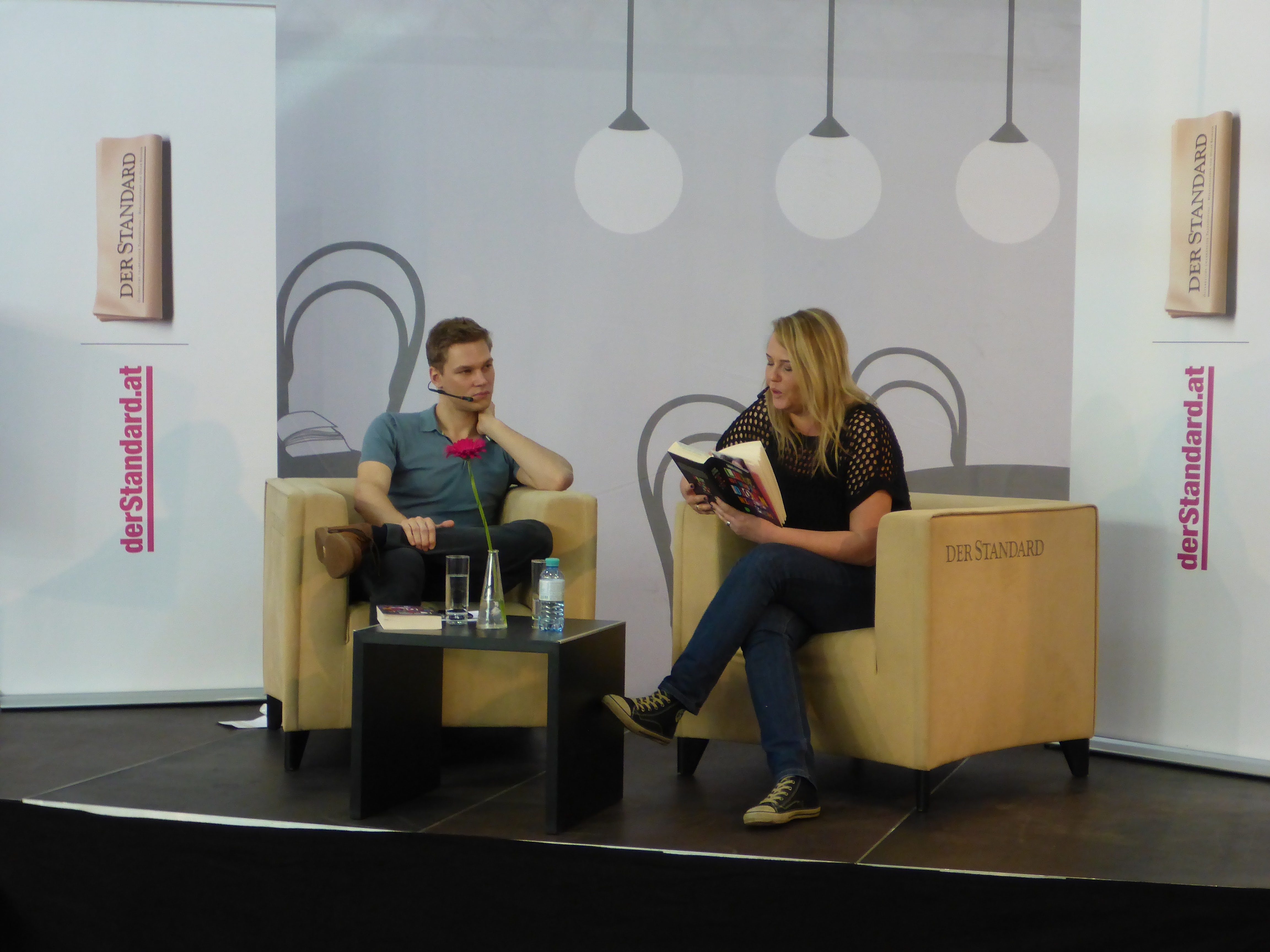 Sabine Schoder - Interview und Lesung