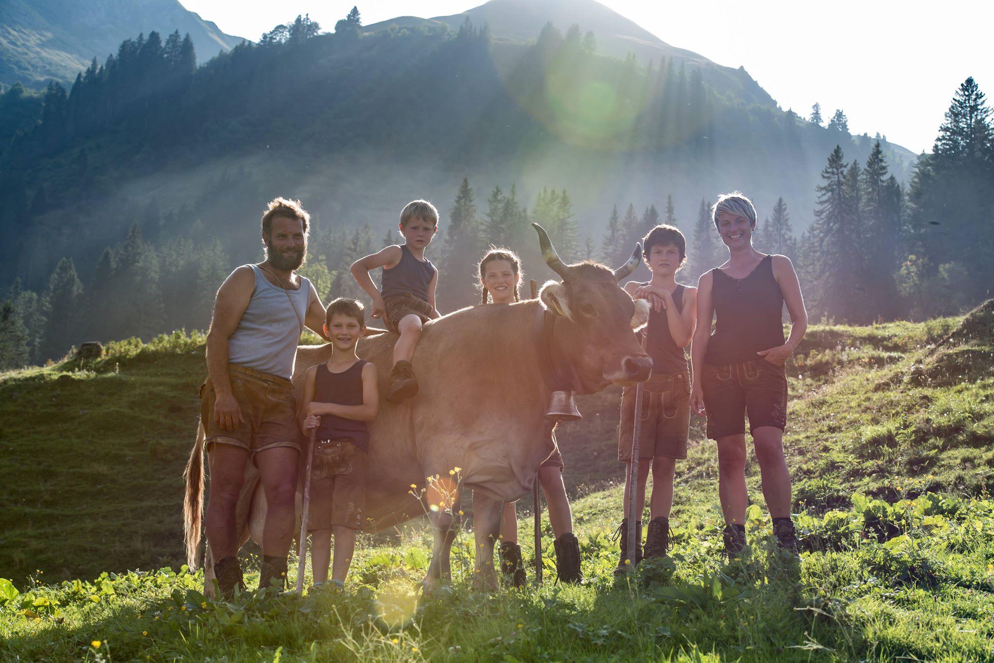 Familienleben auf der Alp; Foto: ©Heike Fink