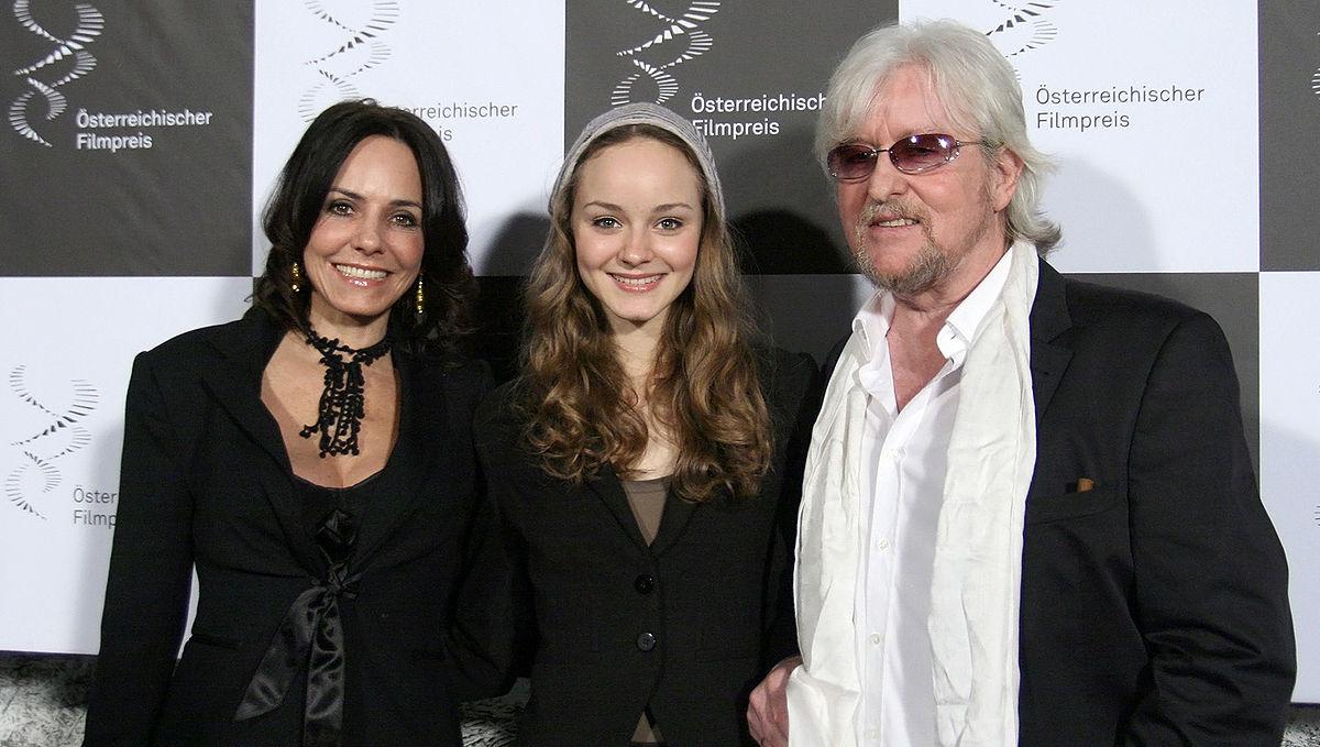 Laura Bilgeri mit ihren Eltern Beatrix und Reinhold Bilgeri im Jahr 2012; Foto: ©Reinhold Bilgeri
