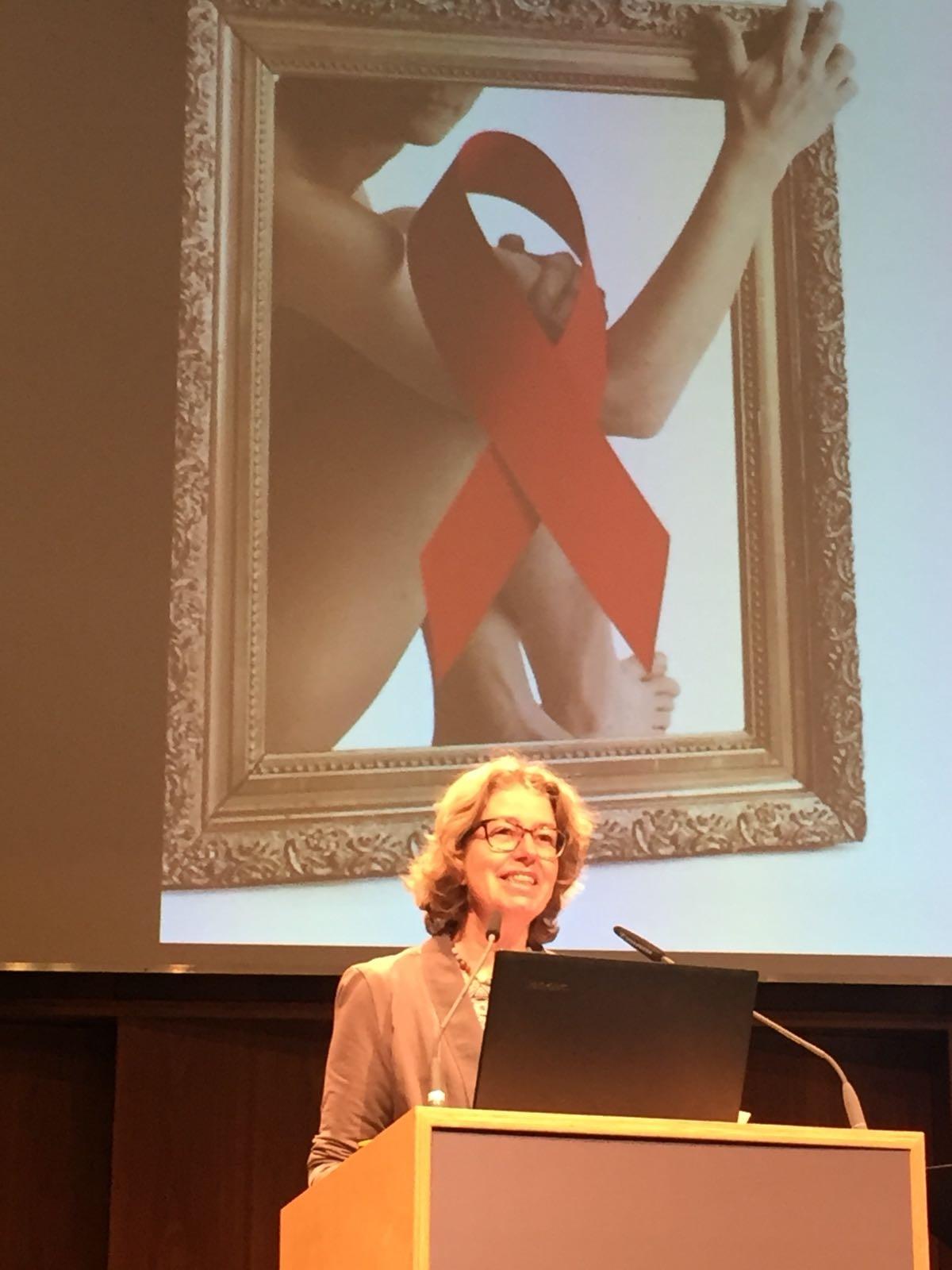 Drin Renate Fleisch, Begrüßung Vorarlberger AIDS-Gespräche 2016; Foto: ©Renate Fleisch