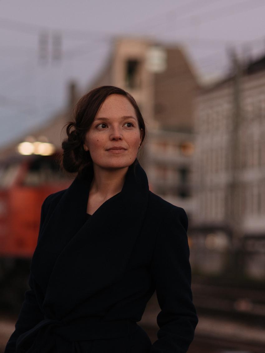 Julia Koch; Foto: ©Alexandra Stanic