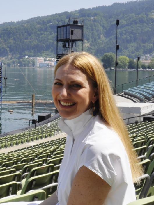 """Lenka Radecky; Foto: ©""""Schwarz auf Weiß"""""""